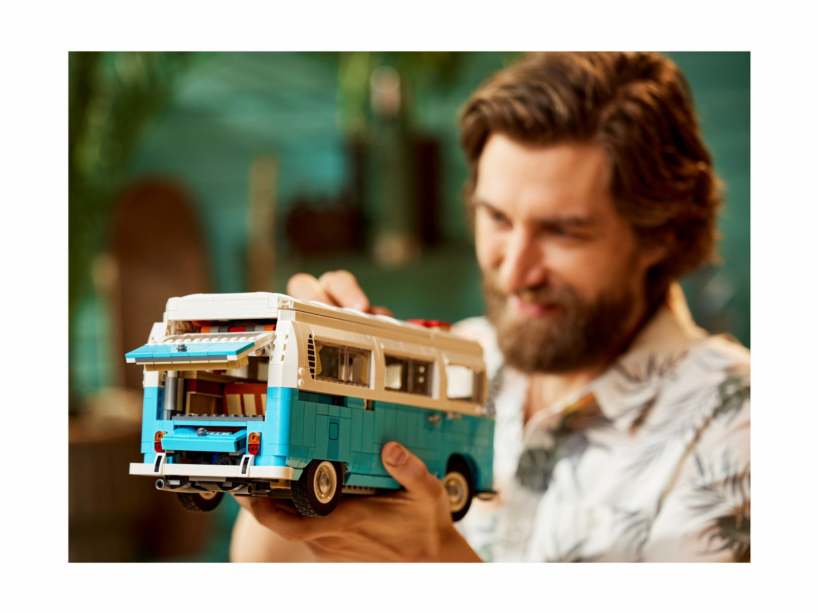 LEGO Mikrobus kempingowy Volkswagen T2 10279