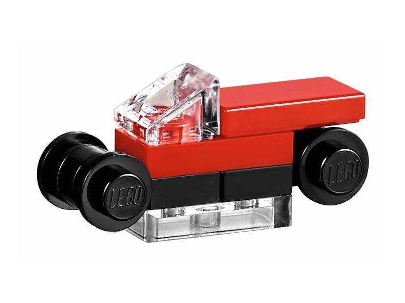 "LEGO Bricktober Toys""R""Us Store 40144"