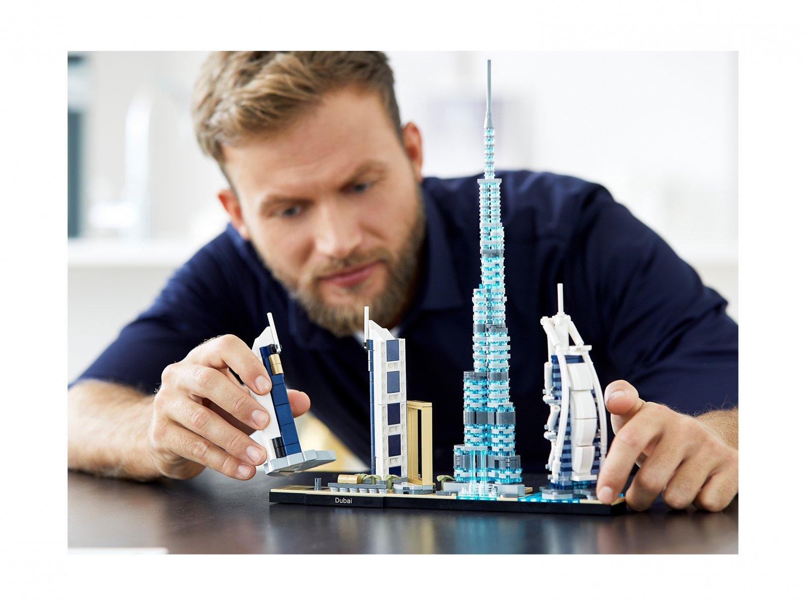 LEGO 21052 Dubaj