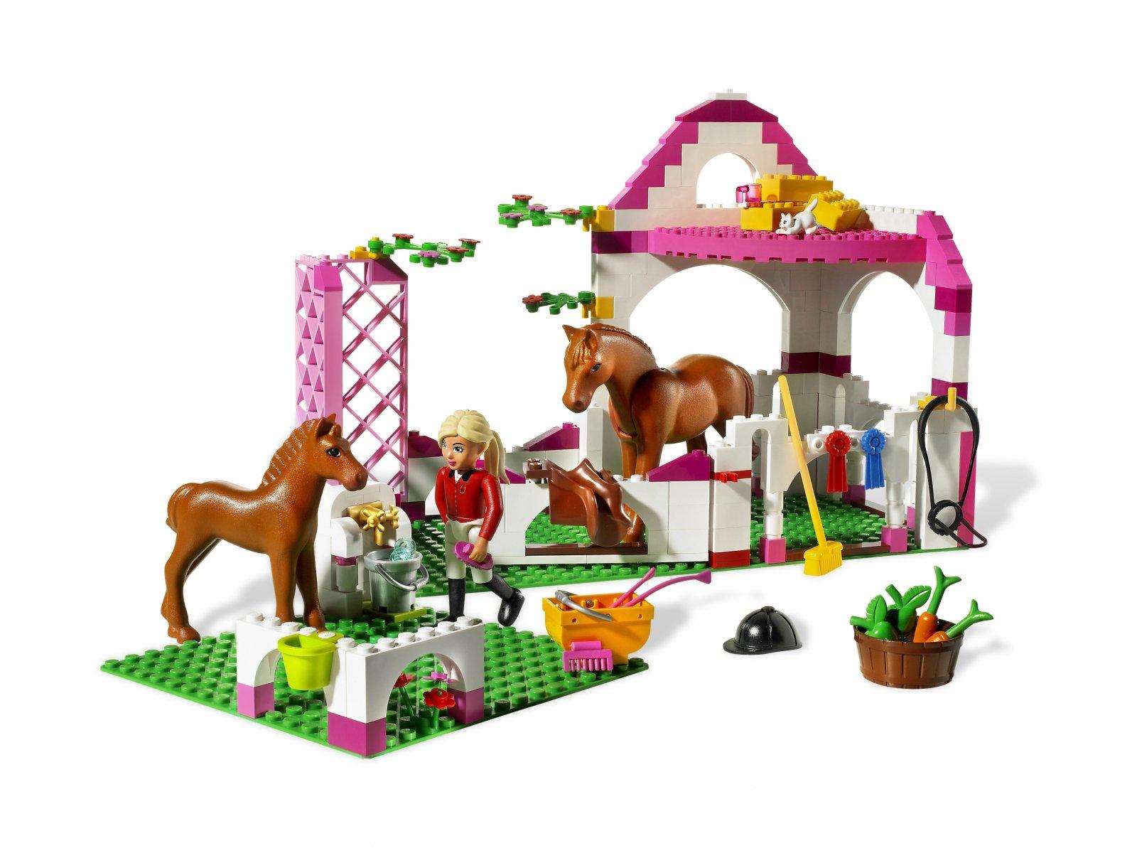 LEGO 7585 Belville Stajnia