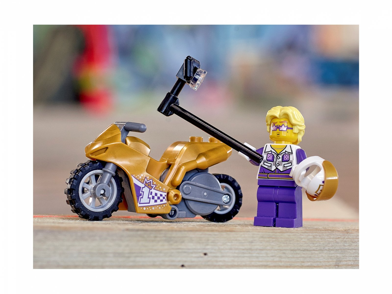 LEGO 60309 City Selfie na motocyklu kaskaderskim