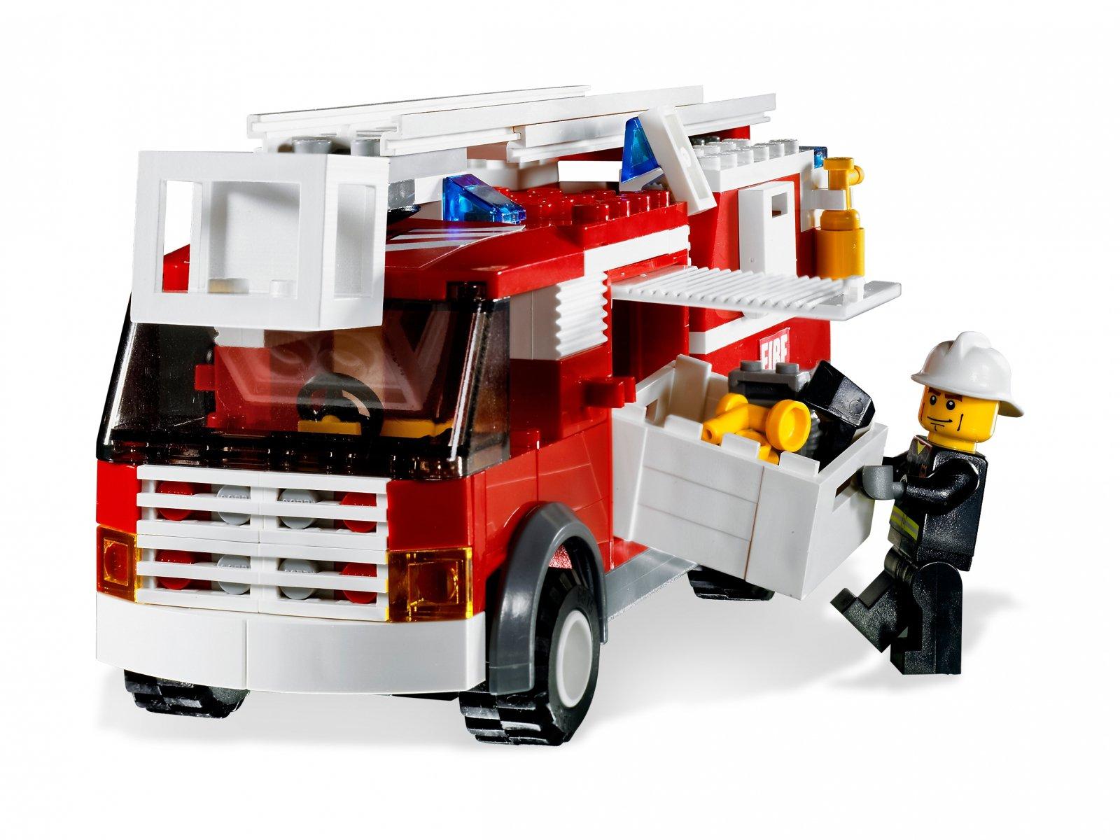 LEGO City 7239 Wóz strażacki