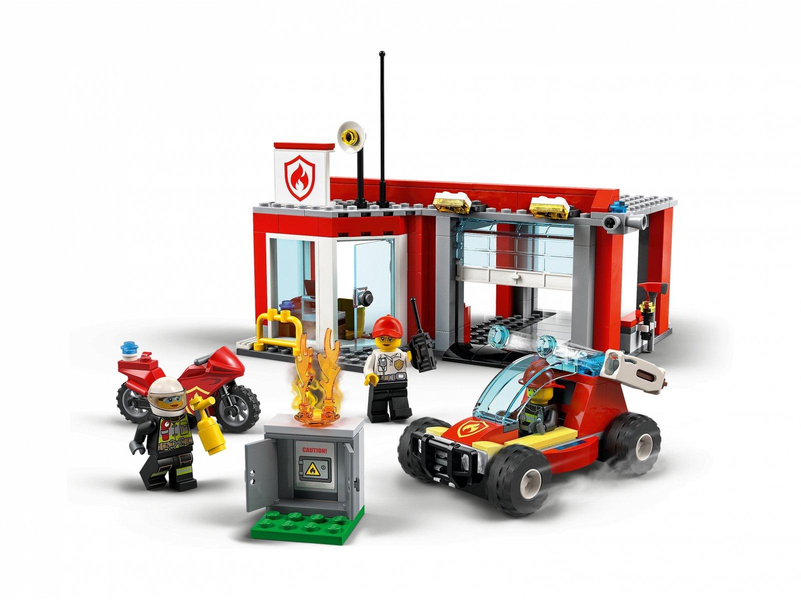 LEGO City Remiza strażacka — zestaw startowy 77943
