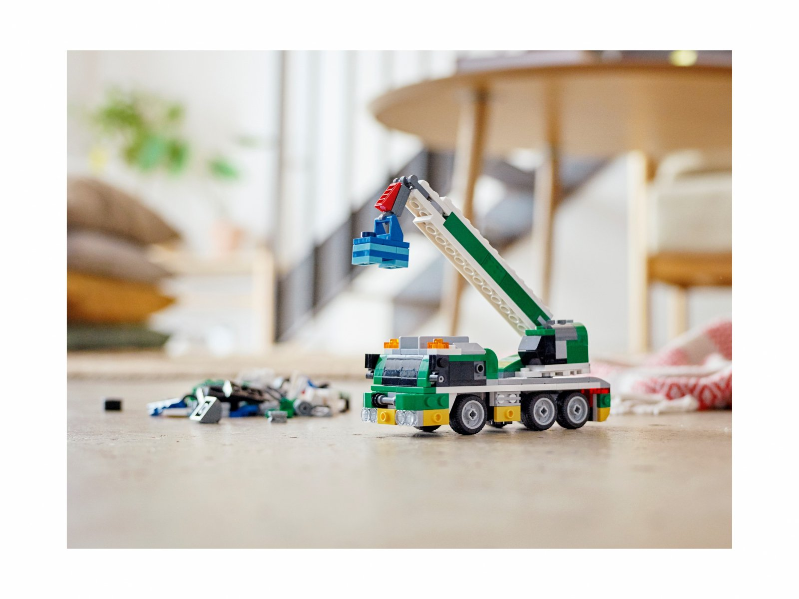 LEGO 31113 Creator 3 w 1 Laweta z wyścigówkami