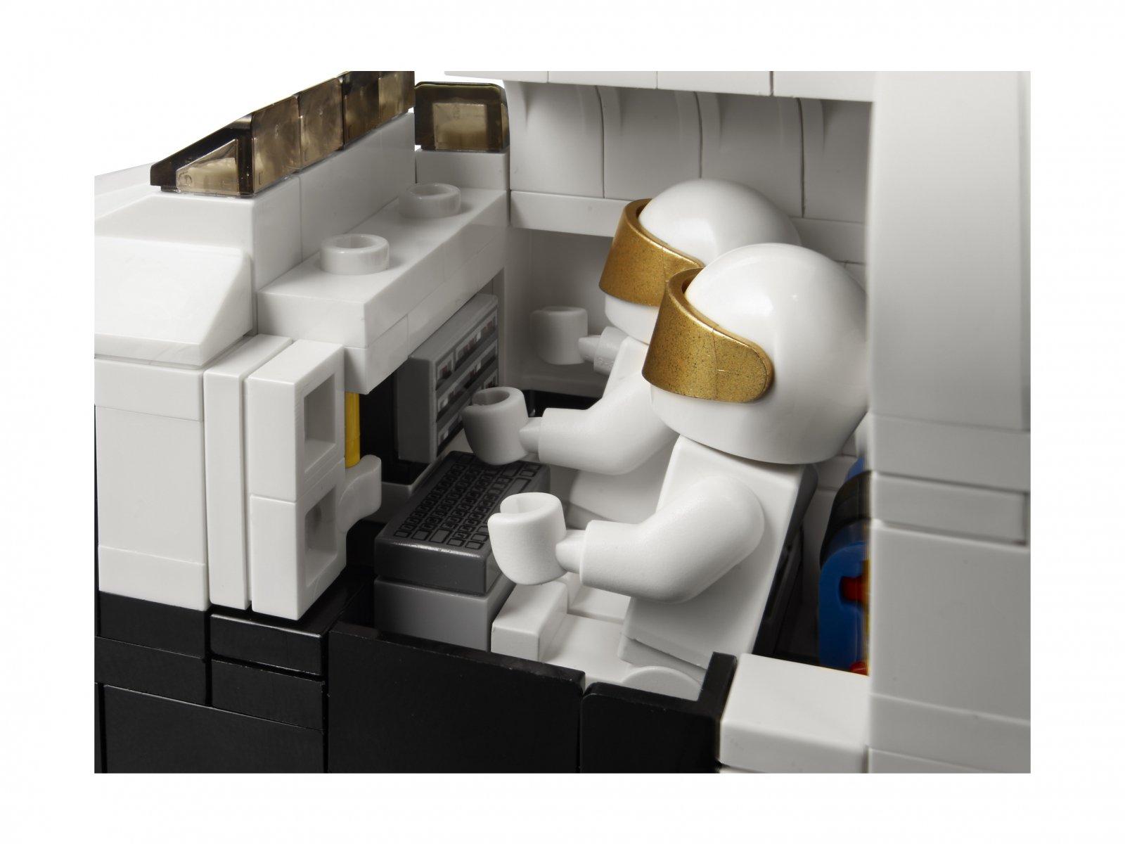 LEGO Creator Expert 10231 Ekspedycja kosmiczna
