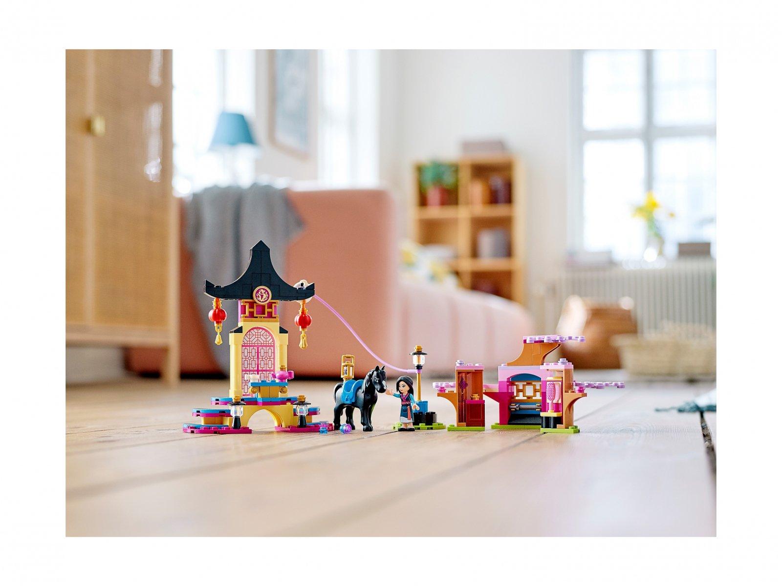 LEGO 43182 Teren szkolenia Mulan