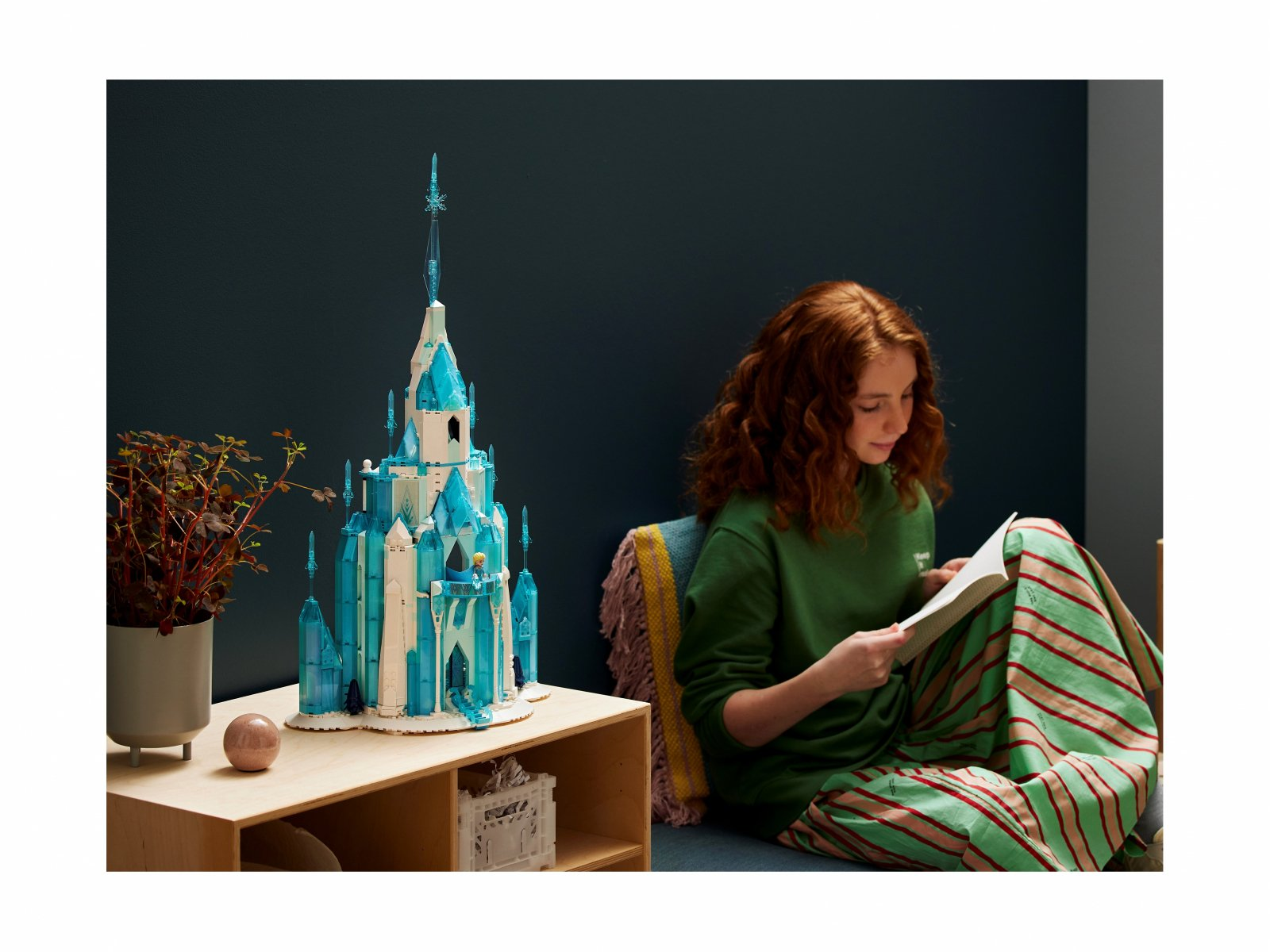 LEGO Disney Lodowy zamek 43197