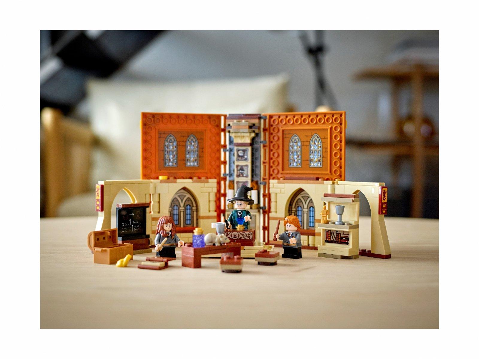 LEGO 76382 Harry Potter™ Chwile z Hogwartu™: zajęcia z transfiguracji