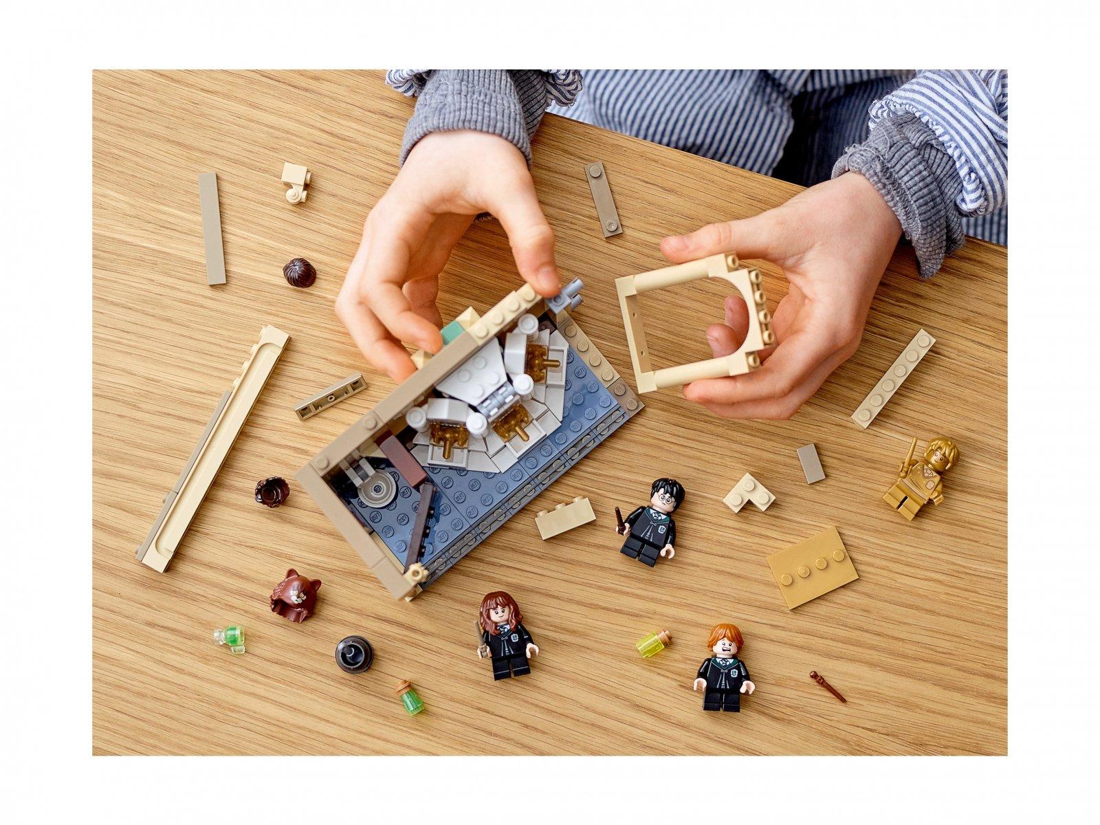 LEGO 76386 Harry Potter Hogwart™: pomyłka z eliksirem wielosokowym