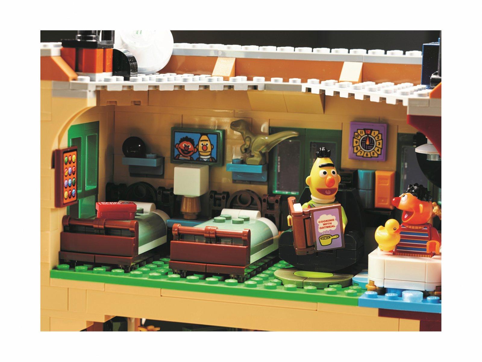 LEGO Ideas 123 Sesame Street 21324