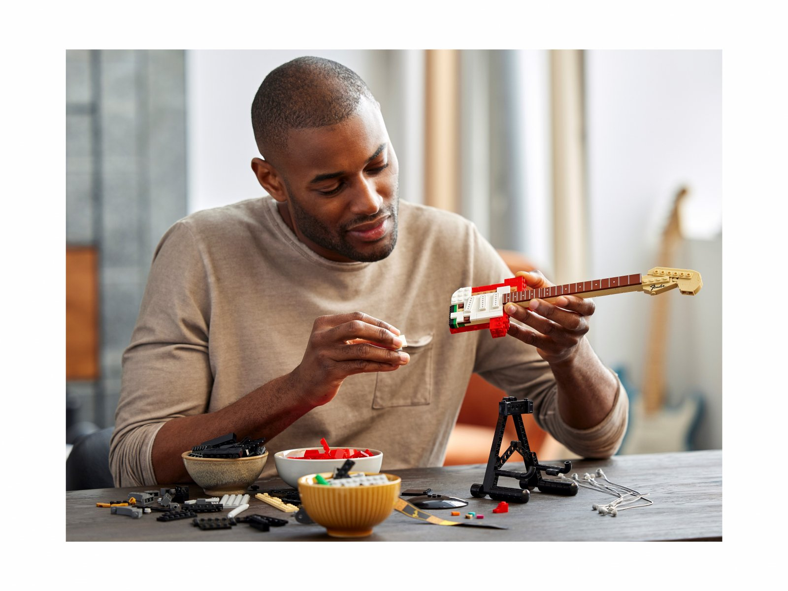 LEGO 21329 Ideas Fender® Stratocaster™