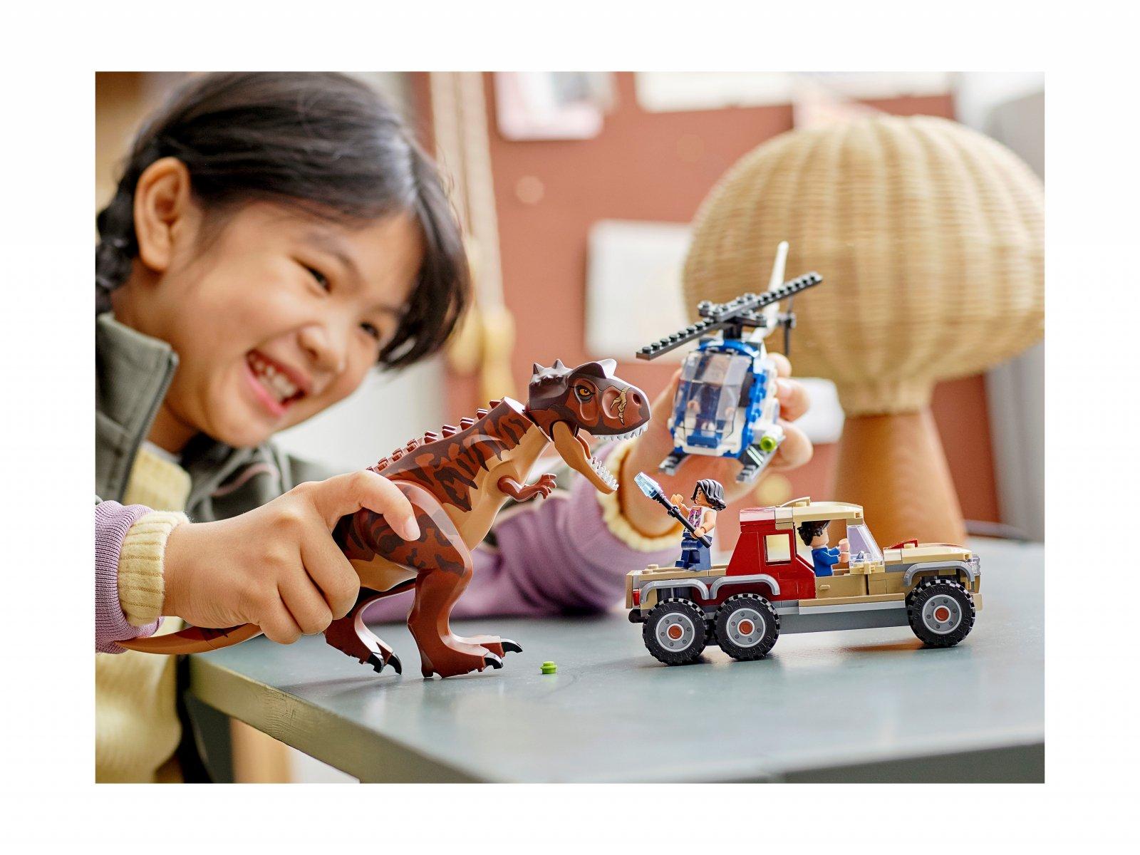 LEGO Jurassic World 76941 Pościg za karnotaurem