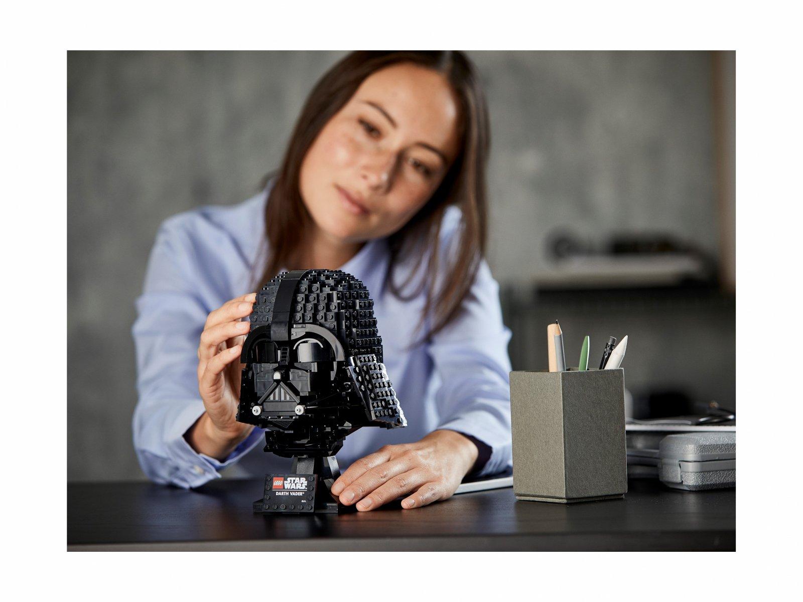 LEGO Star Wars 75304 Hełm Dartha Vadera™