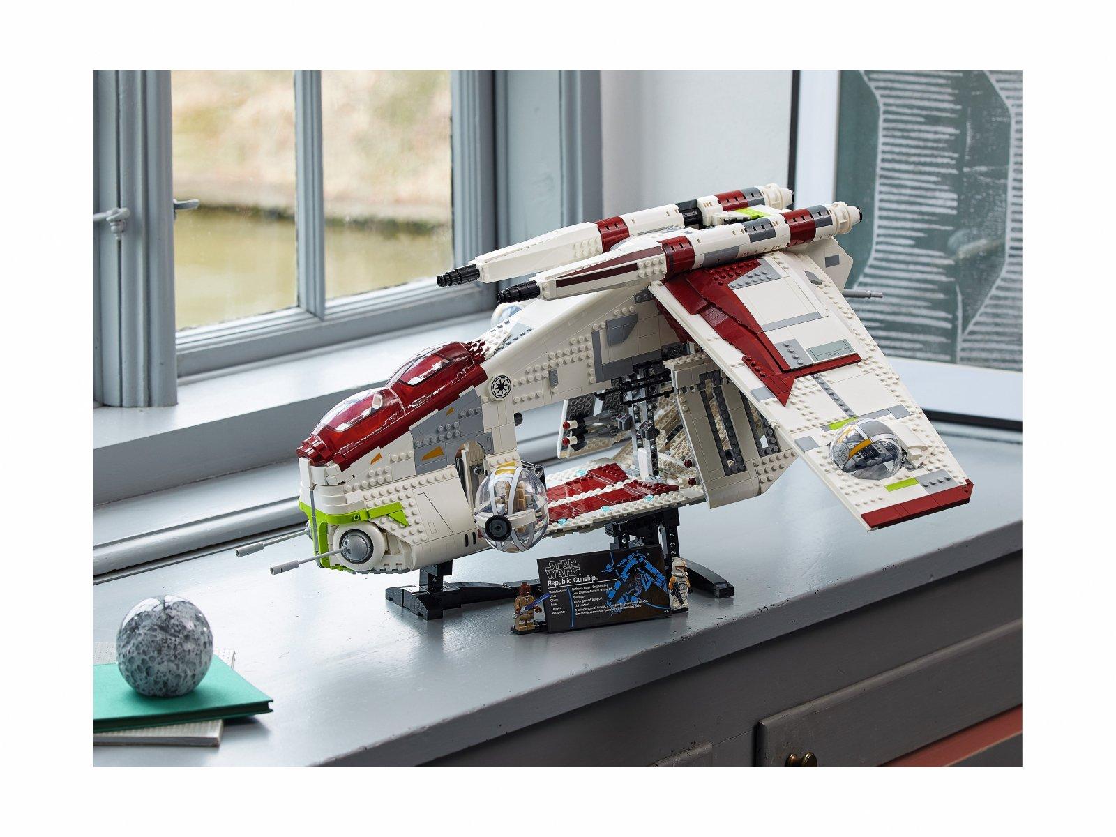 LEGO Star Wars 75309 Kanonierka Republiki™