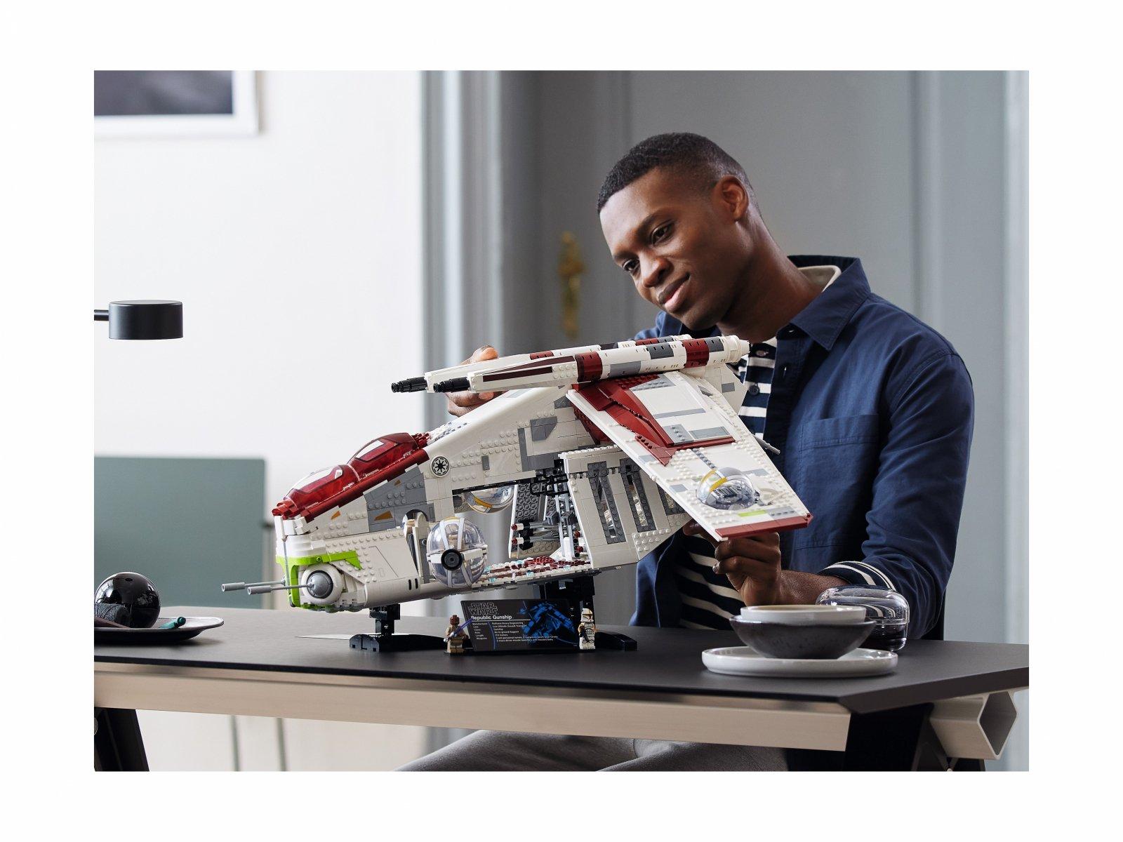 LEGO Star Wars Kanonierka Republiki™ 75309