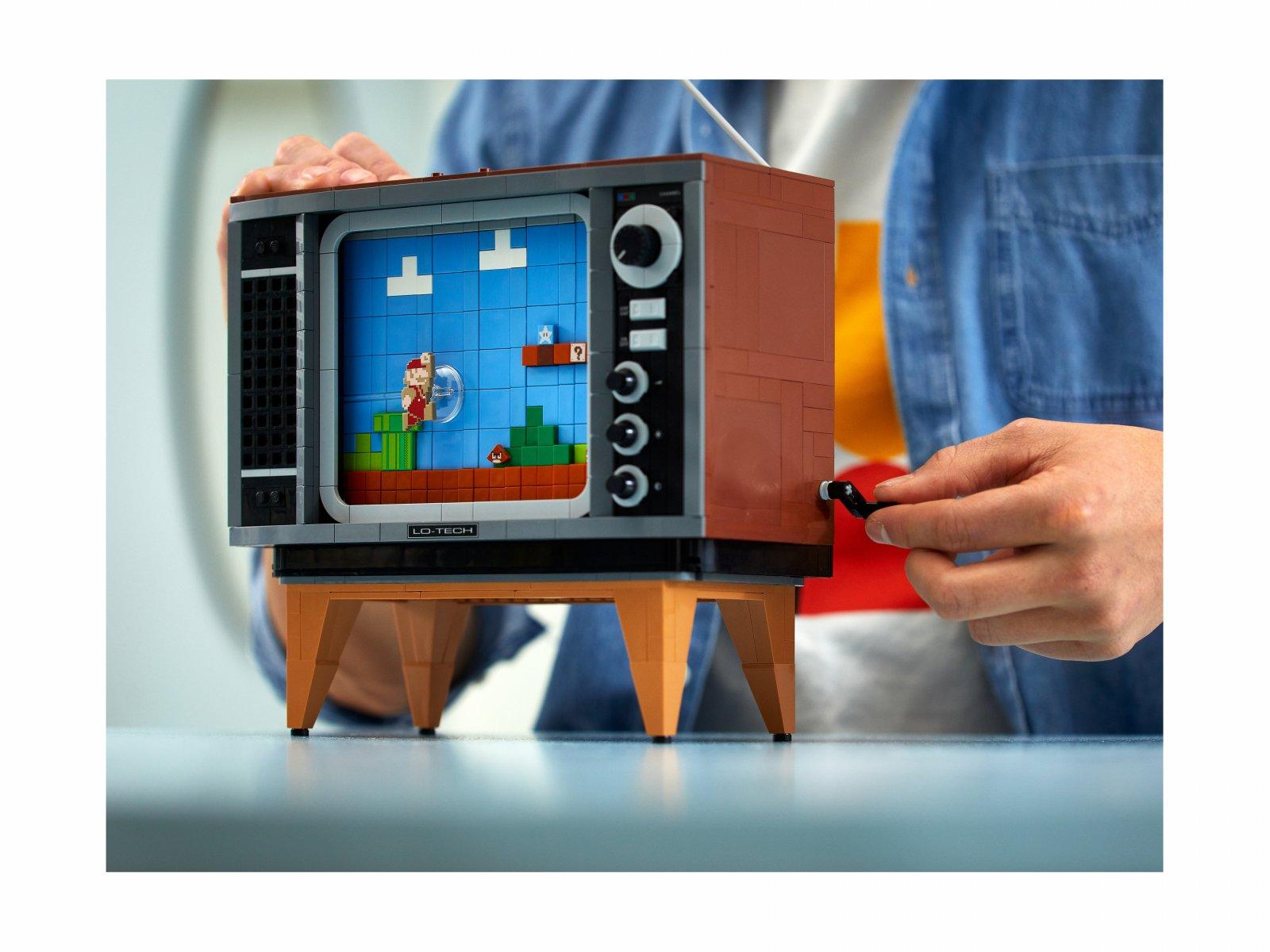 LEGO 71374 Nintendo Entertainment System™