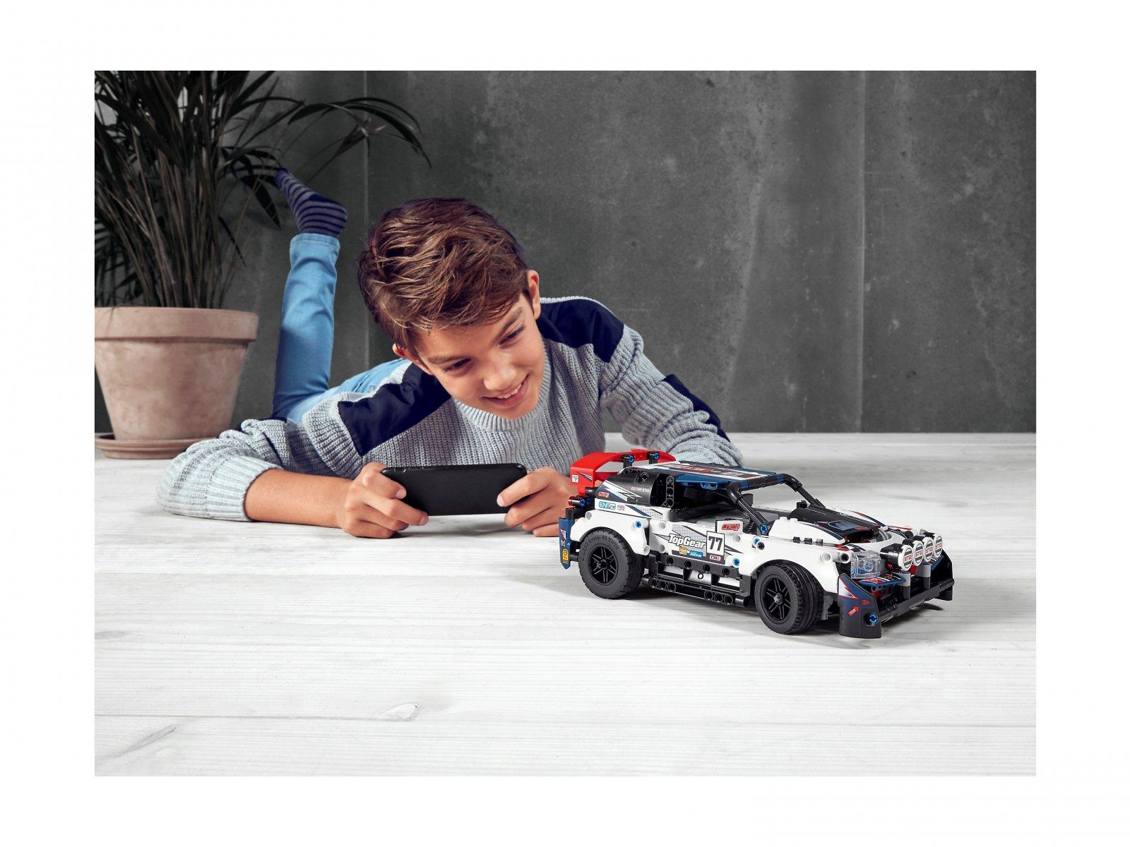 LEGO Technic Auto wyścigowe Top Gear sterowane przez aplikację 42109