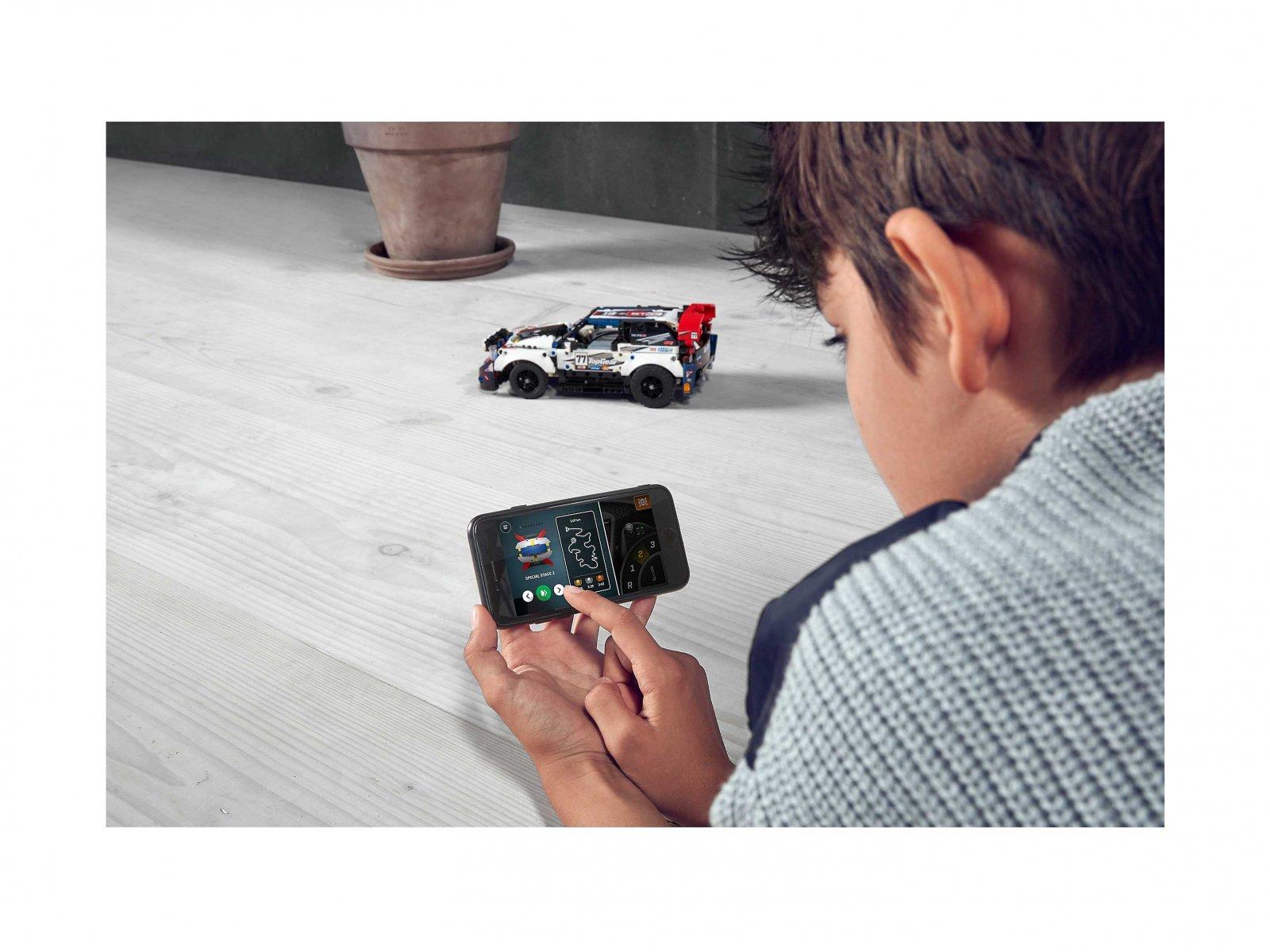 LEGO 42109 Auto wyścigowe Top Gear sterowane przez aplikację