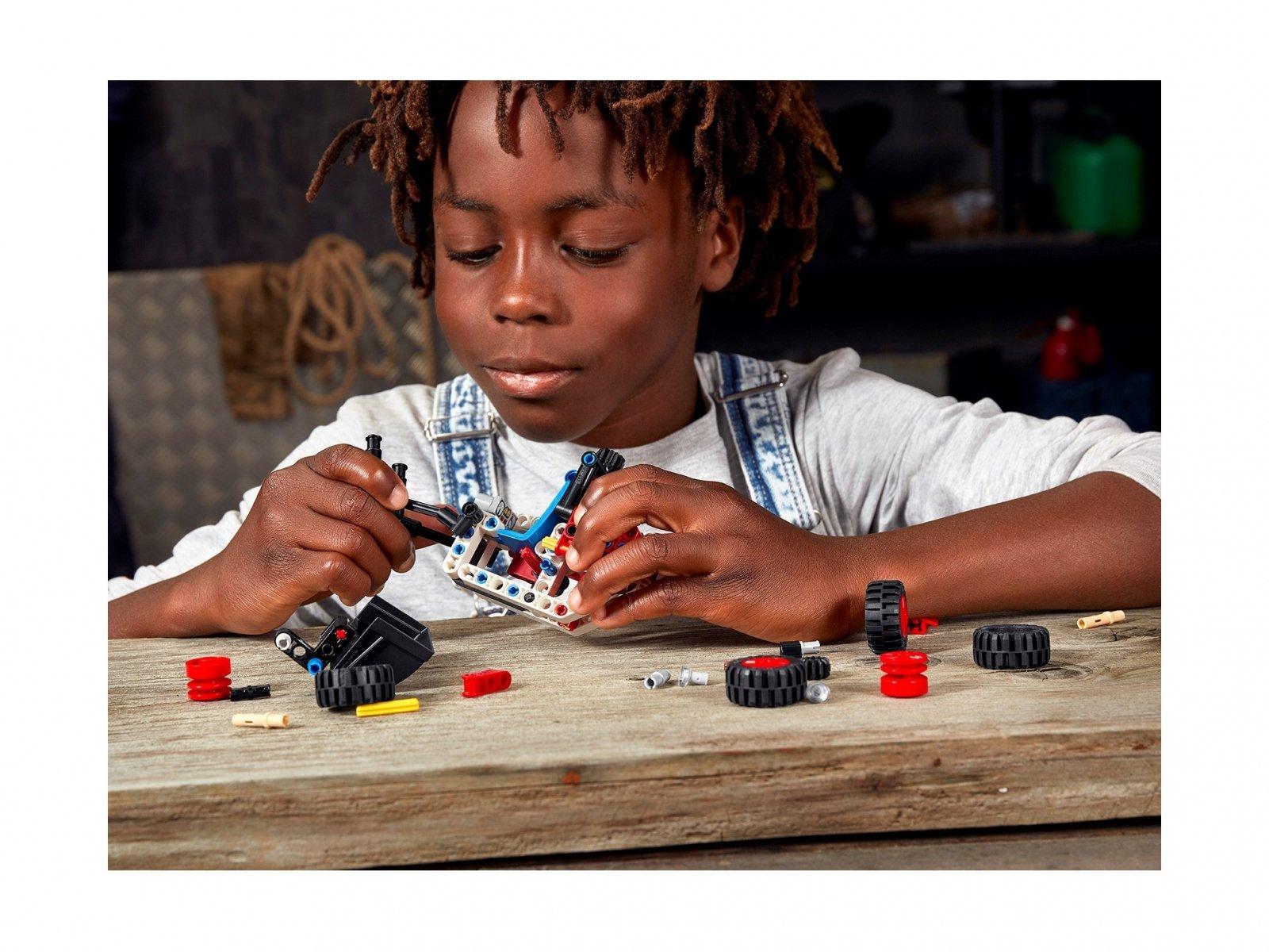 LEGO 42116 Miniładowarka