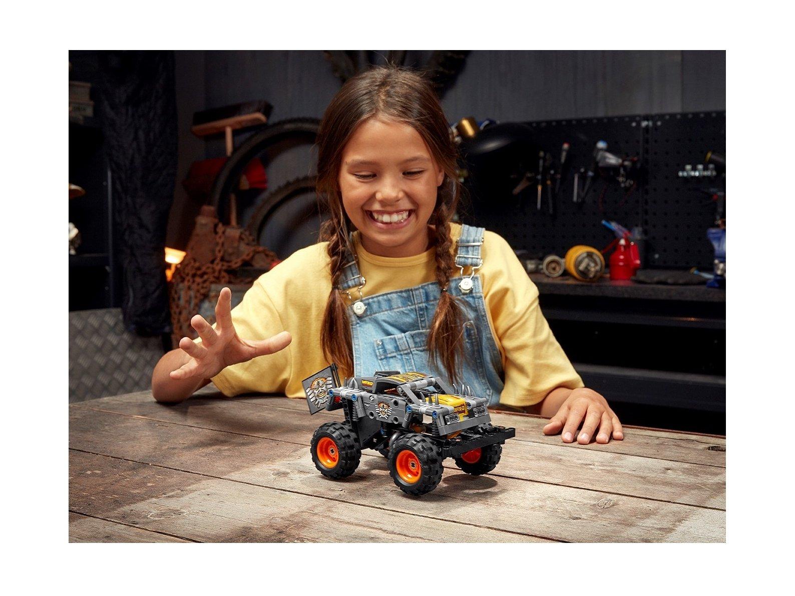 LEGO 42119 Technic Monster Jam® Max-D®