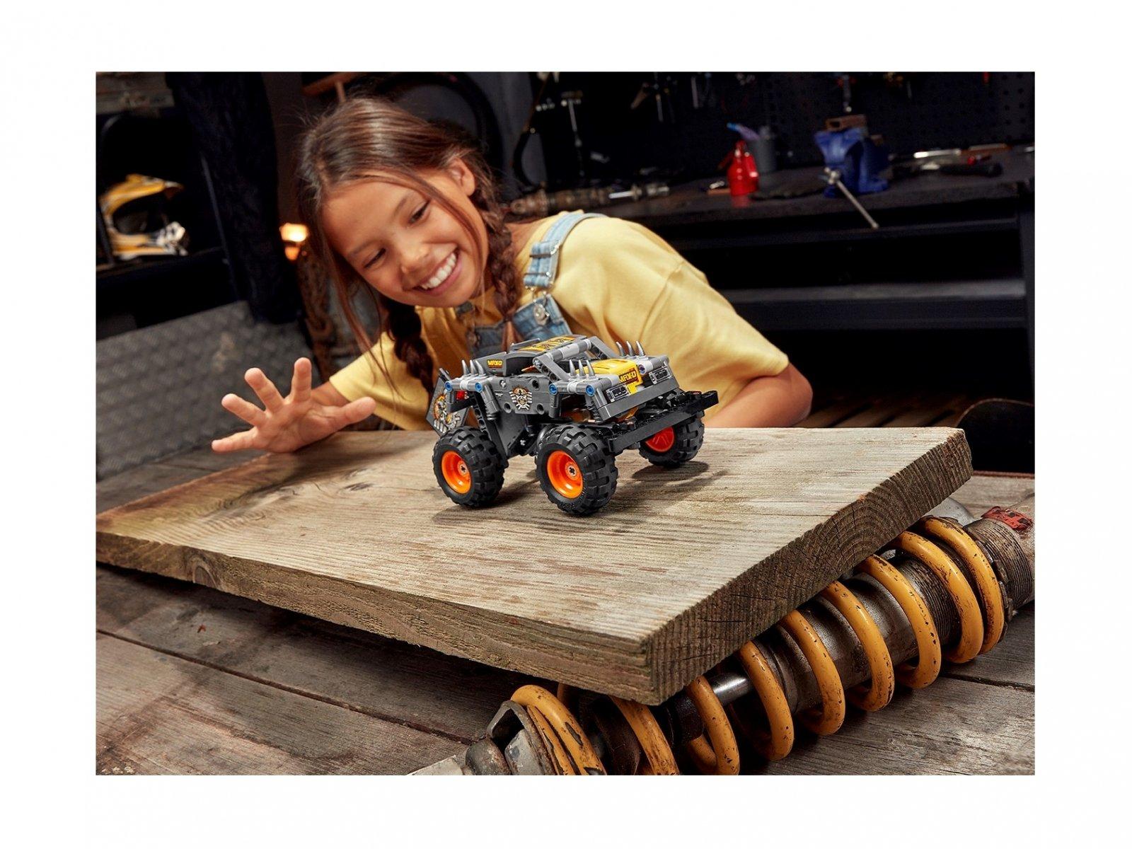 LEGO Technic Monster Jam® Max-D® 42119