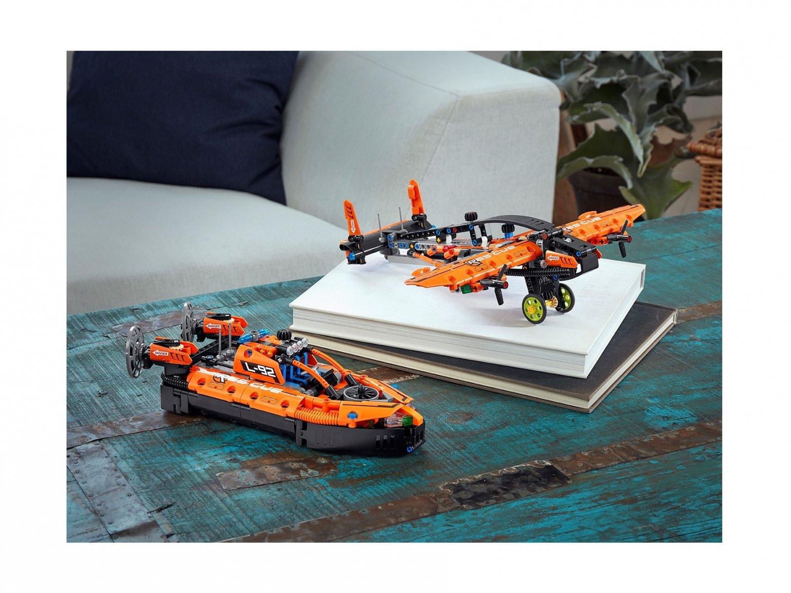 LEGO Technic Poduszkowiec ratowniczy 42120