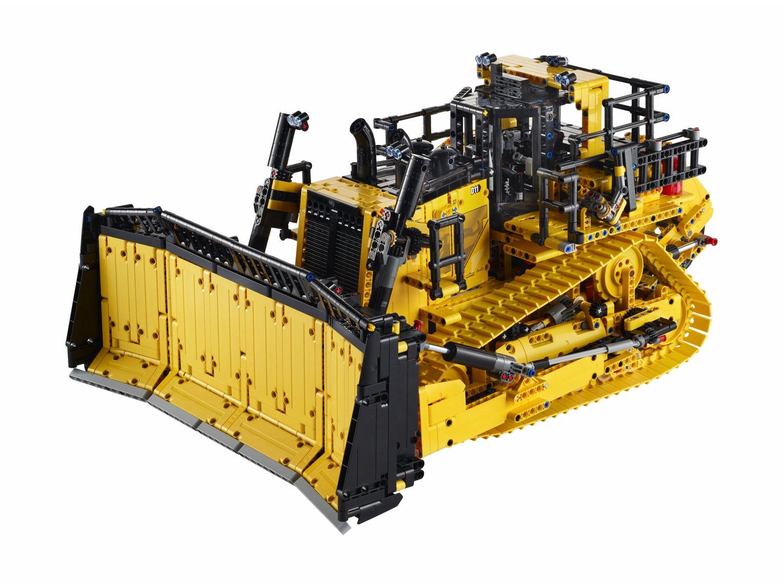 LEGO 42131 Sterowany przez aplikację buldożer Cat® D11
