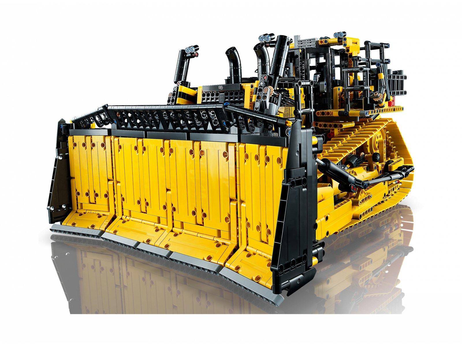 LEGO Technic Sterowany przez aplikację buldożer Cat® D11 42131