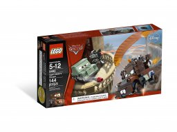 LEGO Cars Ucieczka agenta Złomka 9483